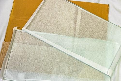 Glassboard_02_r